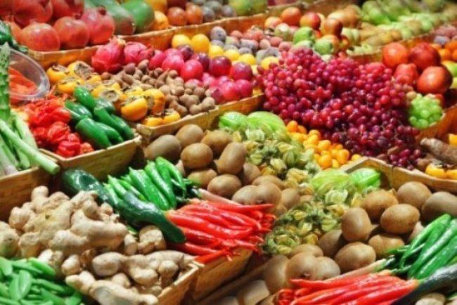 W ŚWIECIE MERCHANDISINGU: Jak zwiększyć sprzedaż na stoisku owocowo - warzywnym?