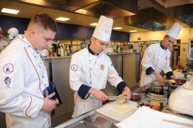 Korzyści ze szkoleń dla branży kulinarnej