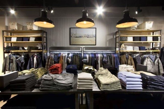 W ŚWIECIE MERCHANDISINGU: Błędy w merchandisingu salonów odzieżowych