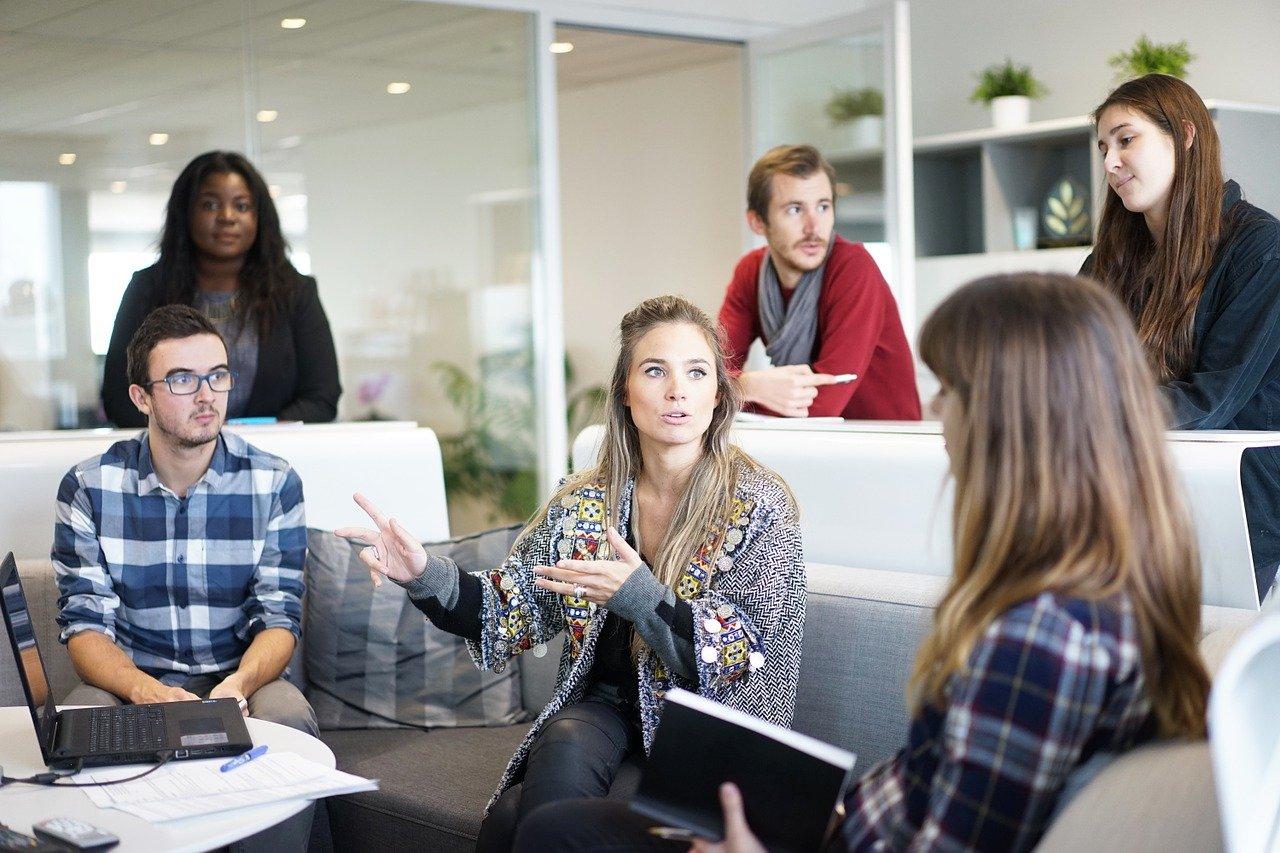 Dobra komunikacja w zespole i wzrost zaangażowania – szkolenie z zakresu umiejętności osobistych dla pracowników produkcyjnych firmy Expoplan