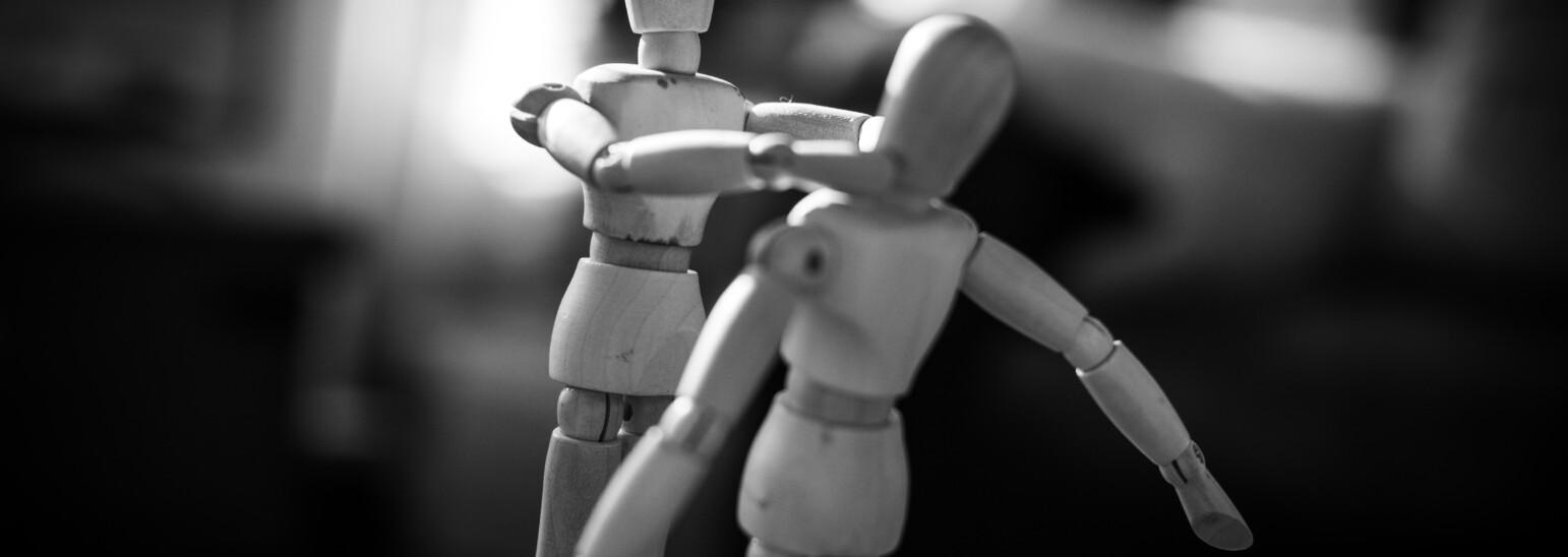 """Mobbing, czy """"tylko"""" manipulacja? Sprawdź, czy nie jesteś ofiarą wykorzystywania w miejscu pracy"""